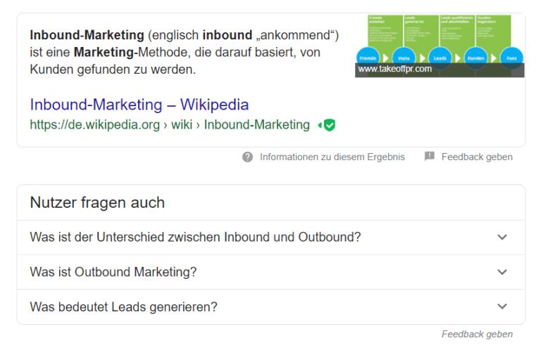 """Hier zu sehen sind ein Featured Snippet mit einer Definition des Begriffs """"Inbound Marketing"""" direkt in der Google-Suche sowie eine Fragebox """"Nutzer fragten auch"""""""